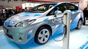 Toyota-Plug-in-Hybrid