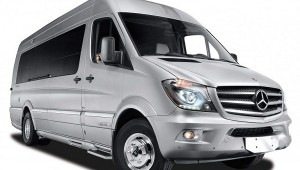 Airstream Autobahn - Mercedes-Benz Sprinter Touring Coach 02