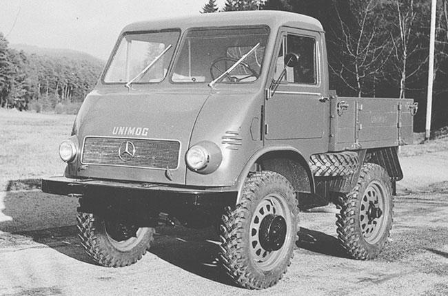 Mercedes-Benz Unimog - 1